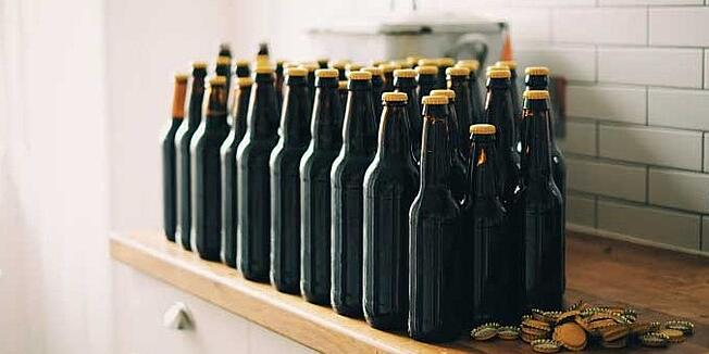 bottle-caps-in orange retuschiert